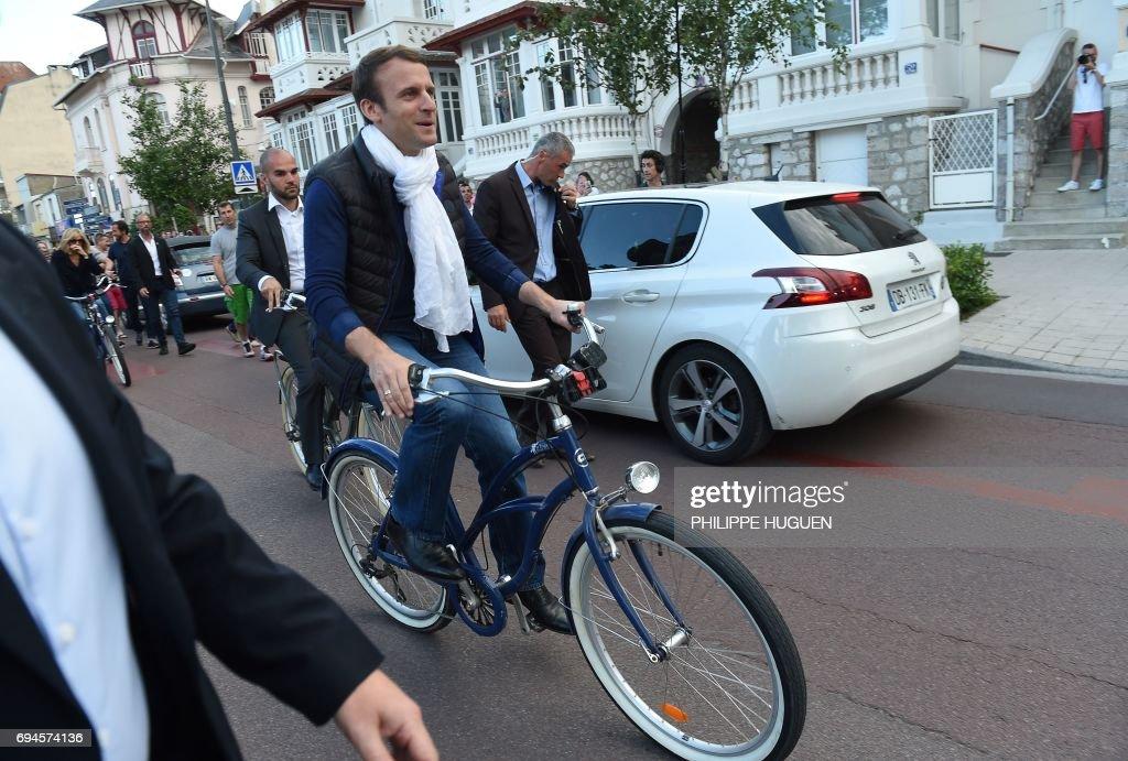 FRANCE2017-VOTE-LEGISLATIVE-POLITICS : News Photo