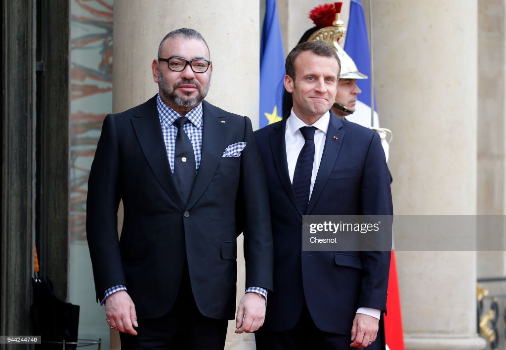 French President Emmanuel Macron Receives Mohammed VI of Morocco At Elysee Palace : ニュース写真