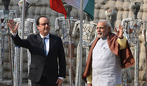 French President Francois Hollande and Prime Minister of India Narendra Modi at Rock Garden on January 24 2016 in Chandigarh India Hollande was...