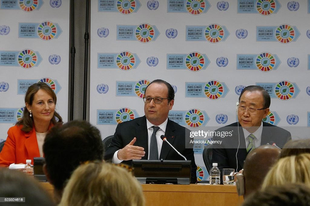 Paris climate agreement at UN headquarters in New York : News Photo