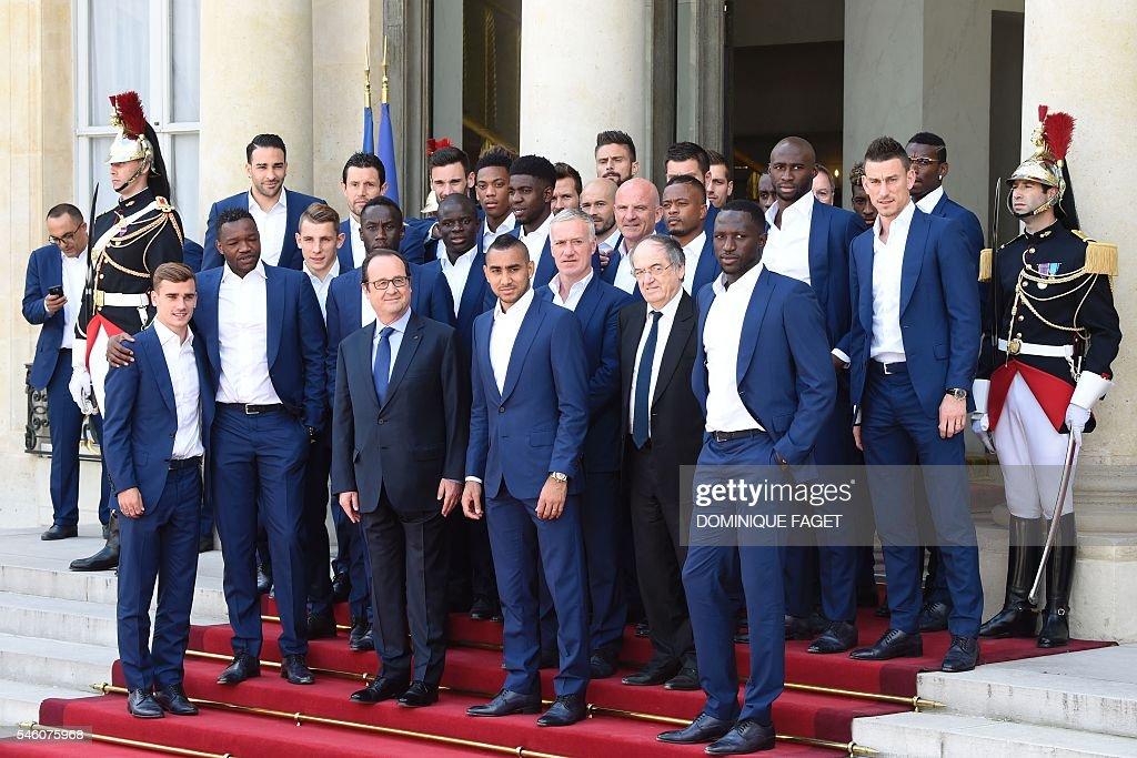 FBL-EURO-2016-FRA : News Photo