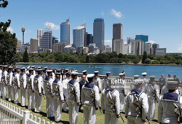 French President Francois Hollande receives Military Honors at the Fleet Steps Royal Botanic Gardens on November 18 2014 in Sydney Australia French...
