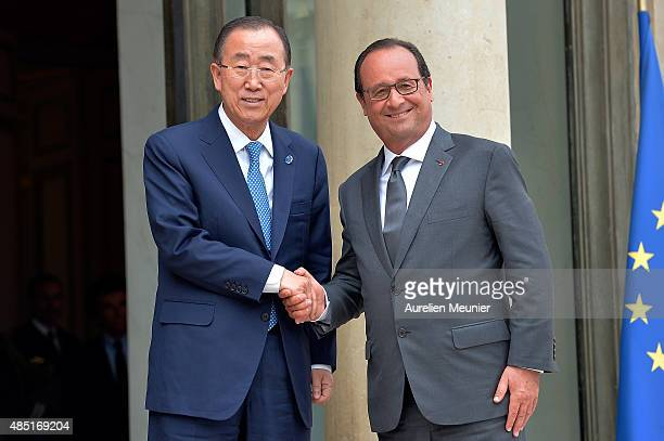 French President Francois Hollande receives United Nations Secretary General Ban Ki-Moon for a lunch at Elysee Palace on August 25, 2015 in Paris,...
