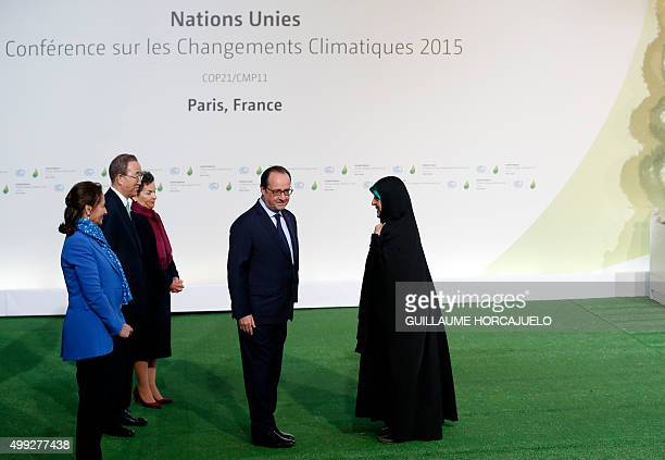 French president Francois Hollande SecretaryGeneral of the United Nations Ban Kimoon and French Ecology Minister Segolene Royal greet vicepresident...