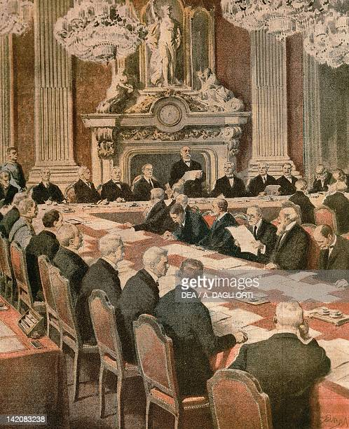 French President Georges Clemenceau speaking at The Paris Peace Conference. Illustrator Achille Beltrame , from La Domenica del Corriere, 1919.