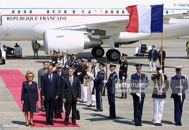 French President Jacques Chirac and his wife Bernadette stand with Deputy US Chief of Protocol Jeff Eubank during arrival ceremonies 08 June 2004 at...