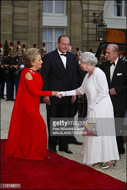 French President Jacques Chirac and wife Bernadette greet HM Queen Elizabeth II and Prince Philip at the Elysee palace for a gala dinner in Paris...