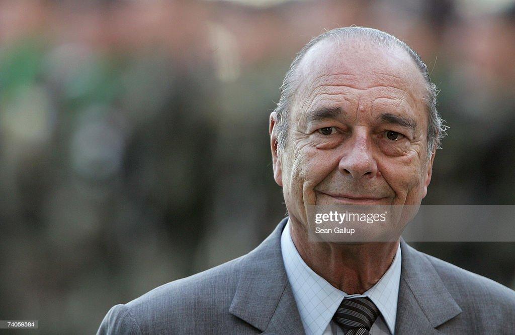 Chiracs Last Trip To Germany As French President : Nachrichtenfoto