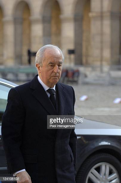 French President Jacques Chirac attends the funeral ceremony for General Alain de Boissieu Dean de Luigné Charles de Gaulle's soninlaw at the...