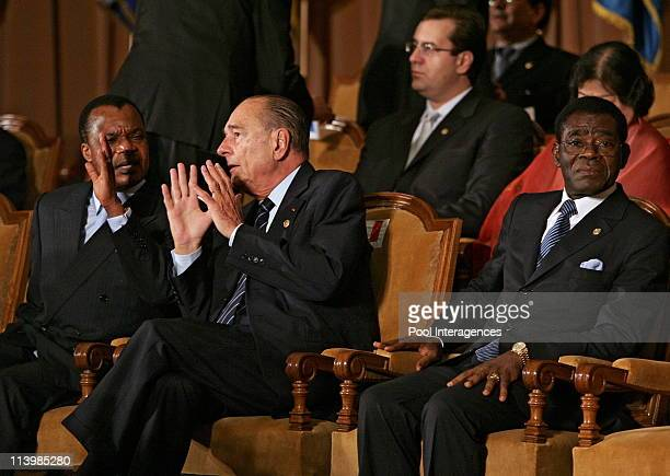 French president Jacques Chirac gives a speech, during the XIth French Speaking summit opening ceremony In Bucharest, Romania On September 28, 2006...