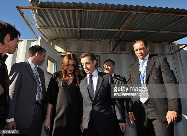 French President Nicolas Sarkozy and his wife Carla BruniSarkozy visit Gugulethu AIDS institute near Cape Town on February 28 2008 Sarkozy is on a...