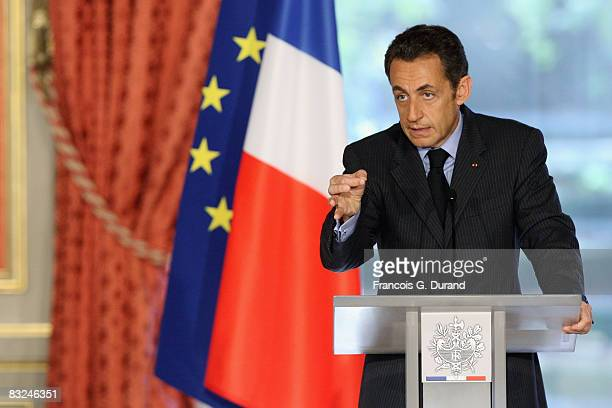 French President Nicolas Sarkozy issues a statement following a special cabinet meeting at the presidential Elysee Palace, on October 13, 2008 in...