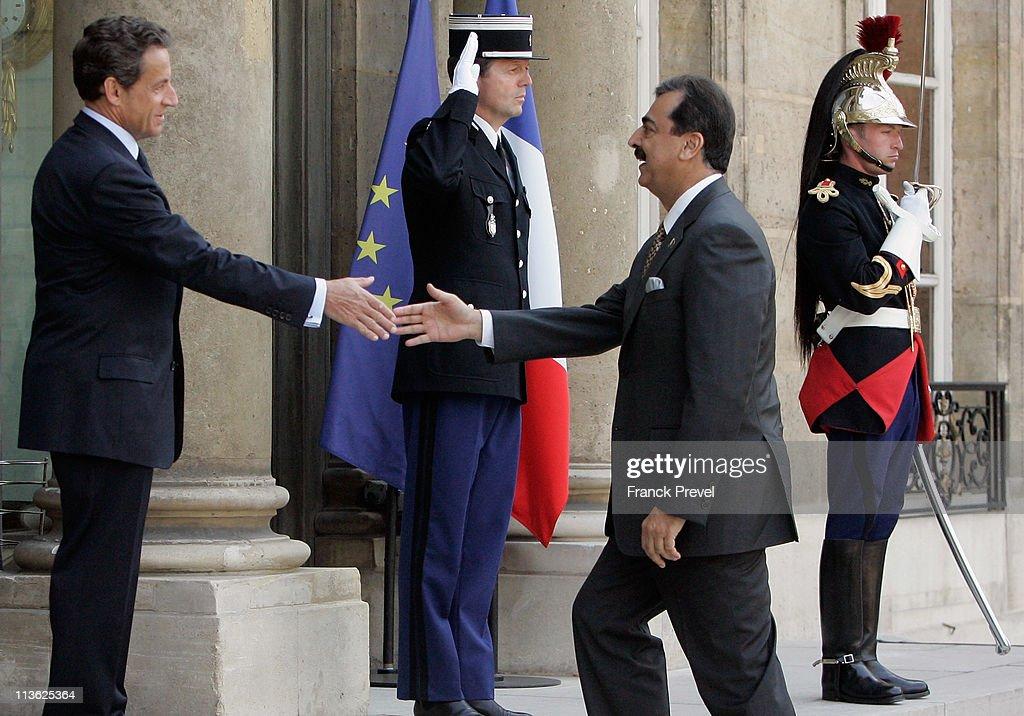 Pakistan Prime Minister Syed Yusuf Gilani Meets President Nicolas Sarkozy