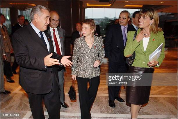 French President state visit in Beijing China on October 25 2006 Jean Pierre Raffarin and Laurence Parisot Chairwoman of MEDEF and Anne Lauvergeon...