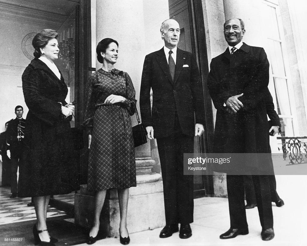 Valery Giscard d'Estaing And Anwar Sadat : News Photo