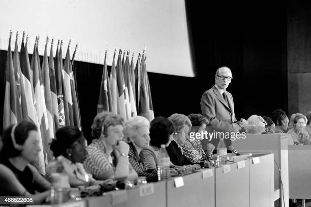 French President Valery Giscard d'Estaing delivers a speech during the inauguration of the International Women's Day on March 1 1975 at the Palais...