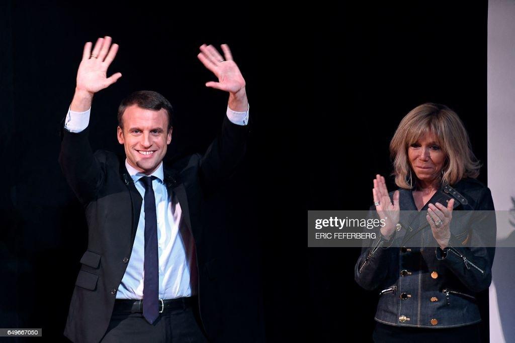 FRANCE2017-VOTE-EN MARCHE : News Photo