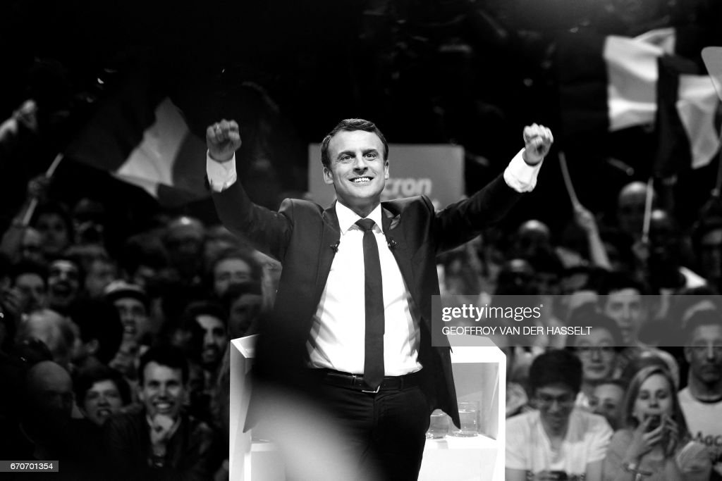 FRANCE2017-VOTE-EN MARCHE-BLACK AND WHITE : ニュース写真