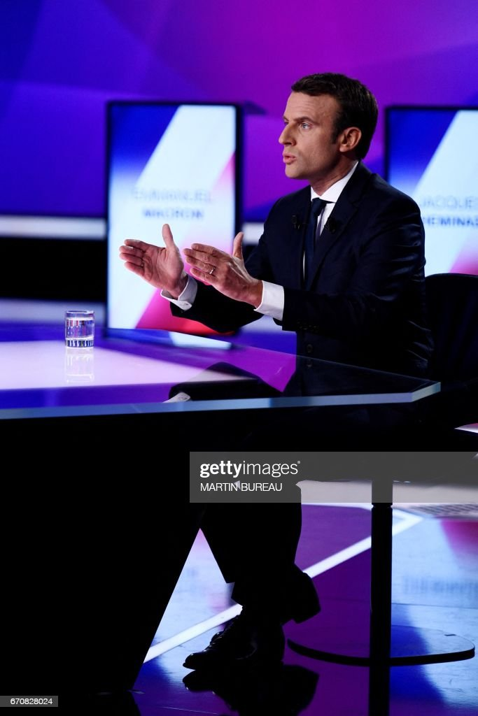 FRANCE2017-VOTE-EN MARCHE : News Photo