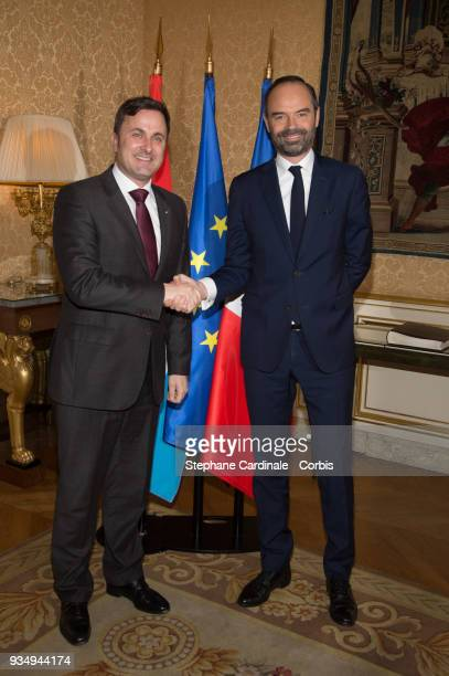French Prime Minister Edouard Philippe and Luxembourg Prime Minister Xavier Bettel pose at the Hotel de Matignon prior to a FranceLuxembourg...