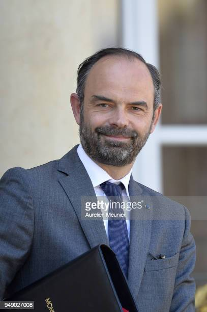 French Prime Minister Edouard Philippe leaves the Elysee Palace after the weekly cabinet meeting on April 20 2018 in Paris France