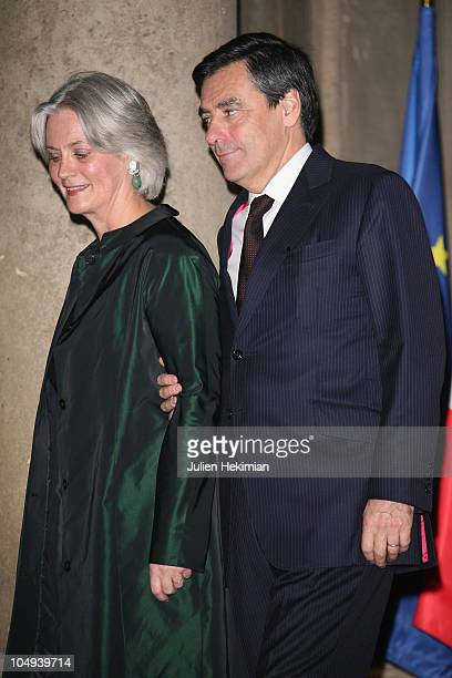 French Prime Minister Francois Fillon and his wife Penelope attend the dinner honoring Iraq President Jalil Talabani at Elysee Palace on November 16...