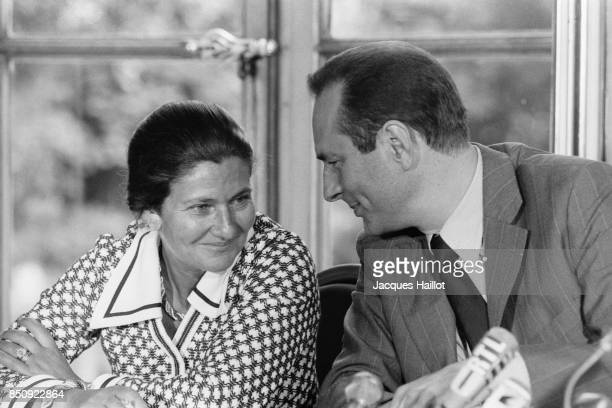 French Prime Minister Jacques Chirac and Health Minister Simone Veil during a press conference