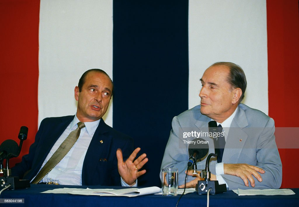 Jacques Chirac and Francois Mitterrand : News Photo
