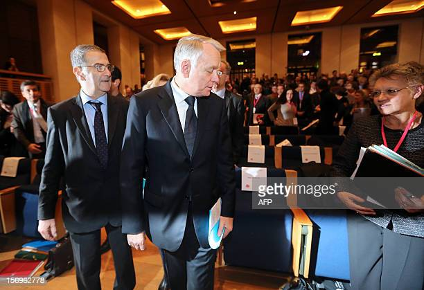 French Prime minister JeanMarc Ayrault arrives to deliver a speech on November 26 2012 at the elite research institution College de France in Paris...