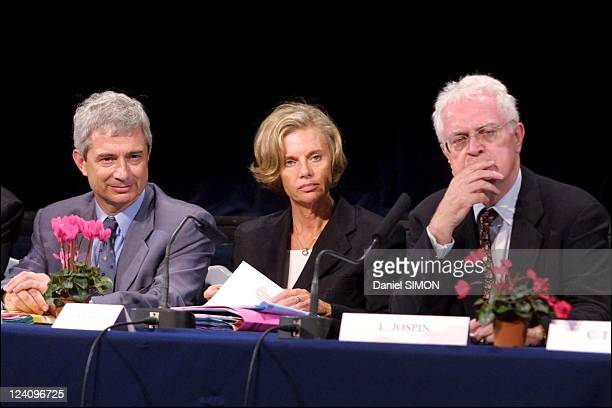 French Prime Minister Lionel Jospin visiting Trappes and La Verriere In Trappes France On October 01 2001 Claude Bartolone Elisabeth Guigou Lionel...