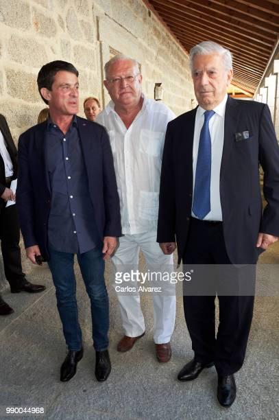 French Prime Minister Manuel Valls Juan Jesus Armas Marcelo and Nobel prize winner for literature Mario Vargas Llosa attend El Escorial Summer...