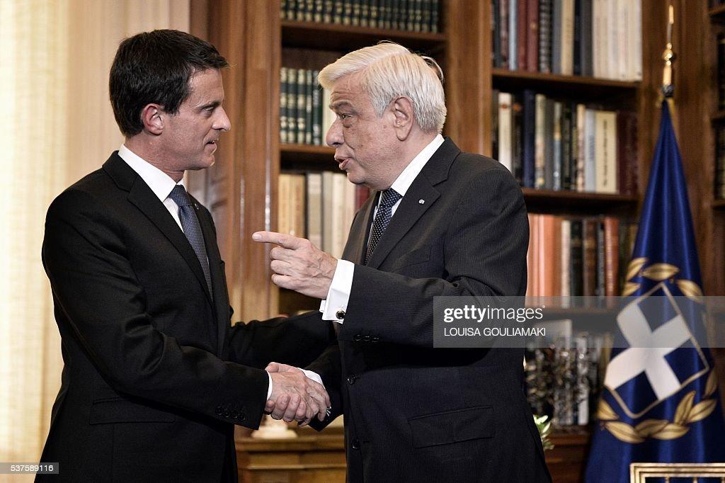 GREECE-FRANCE-POLITICS-ECONOMY : News Photo
