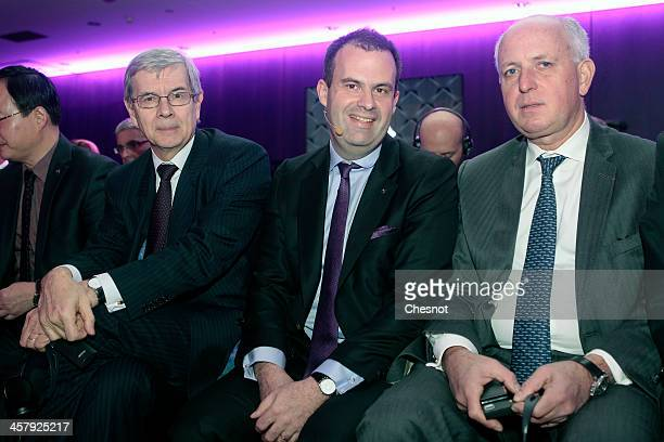 French PSA Chairman Philippe Varin Yves Bonnefont Citroen's general manager and Thierry Peugeot chairman of Peugeot's supervisory board attend the...