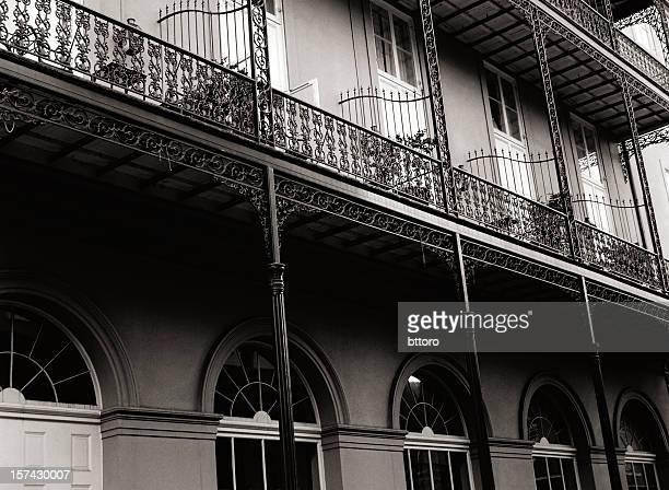 フレンチクォーターの no 2 - ニューオリンズ バーボンストリート ストックフォトと画像