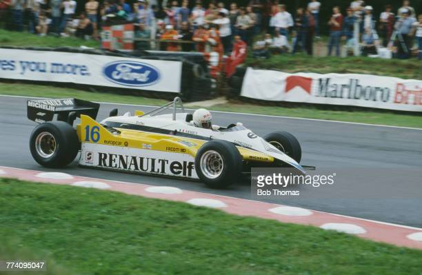 French racing driver Rene Arnoux drives the Equipe Renault Elf Renault RE30B Renault-Gordini EF1 1.5 V6t in the 1982 British Grand Prix at Brands...