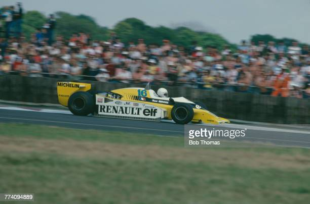 French racing driver Rene Arnoux drives the Equipe Renault Elf Renault RS10 RenaultGordini EF1 15 V6t to finish in 2nd place in the 1979 British...