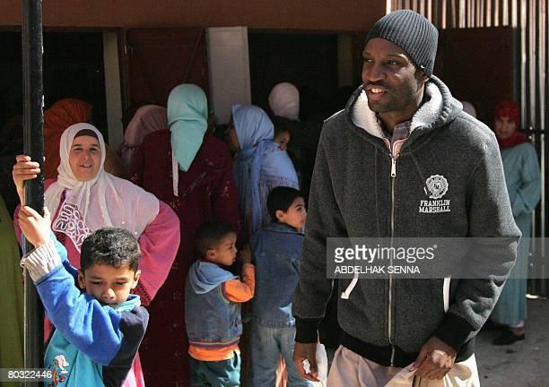 French rapper Abdel Malik member of the brotherhood since his conversion to Islam comes to visit the head of the Sufi brotherhood Sidi Hamza al...