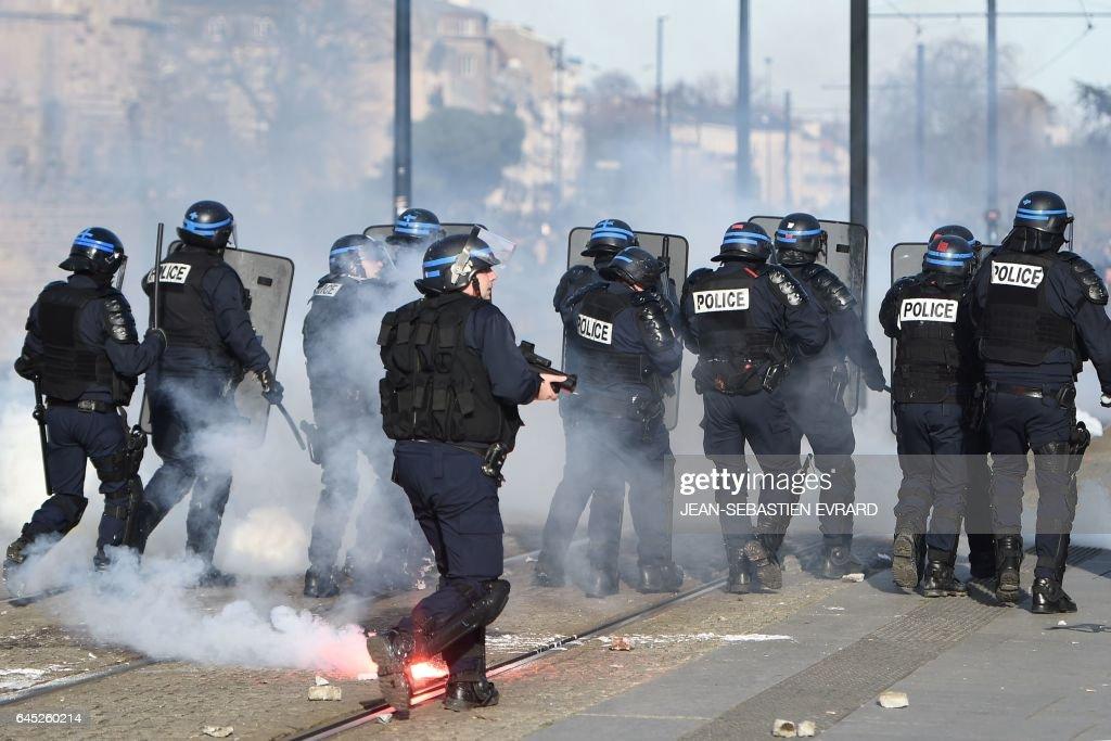 FRANCE-POLITICS-DEMO-FN : News Photo