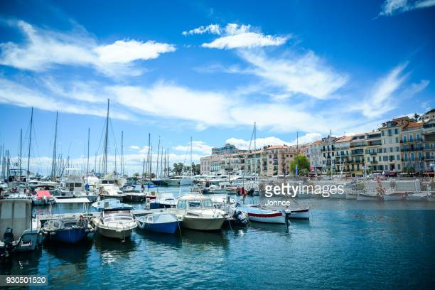 french riviera in cannes city - cannes imagens e fotografias de stock
