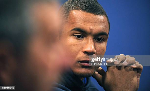 French Rugby Union national team flanker and Captain Thierry Dusautoir attends a press conference on June19 2009 in Wellington New Zealand France on...