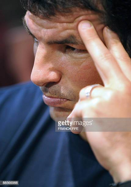 French Rugby Union national team head coach Marc Lievremont gives a press conference on June19 2009 in Wellington New Zealand France on June 17 made...