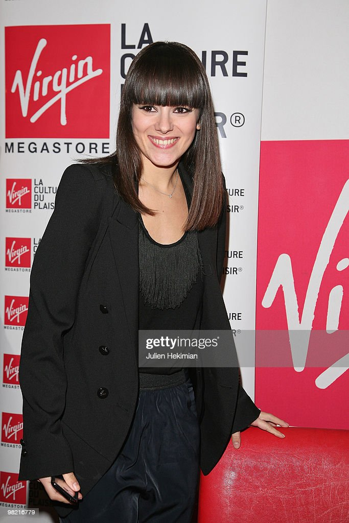 French Singer Alizee Meets Fans At The Virgin Megastore : News Photo