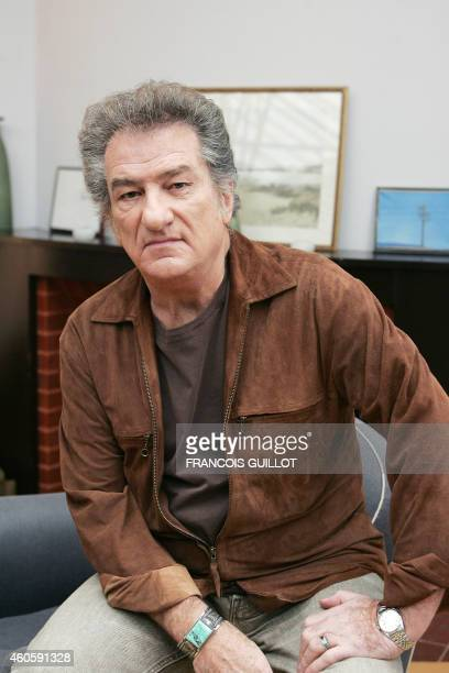 French singer and actor Eddy Mitchell poses during a press conference to announce his tour 'Jambalaya Tour' 06 February 2007 in Paris Le chanteur et...
