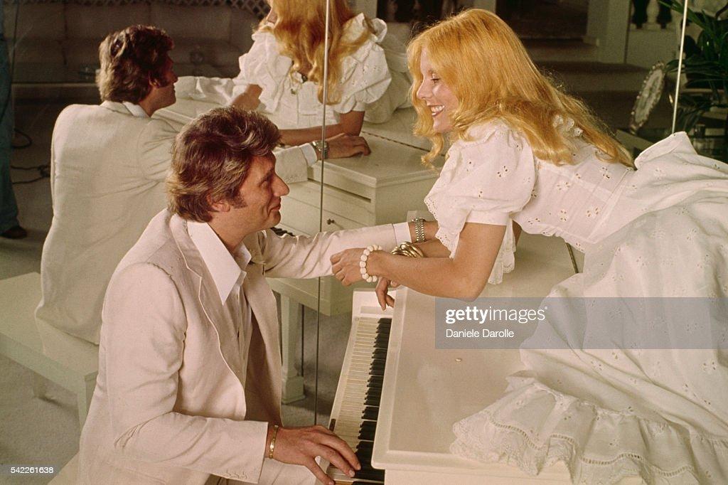 Johnny Hallyday with Wife Sylvie Vartan : News Photo