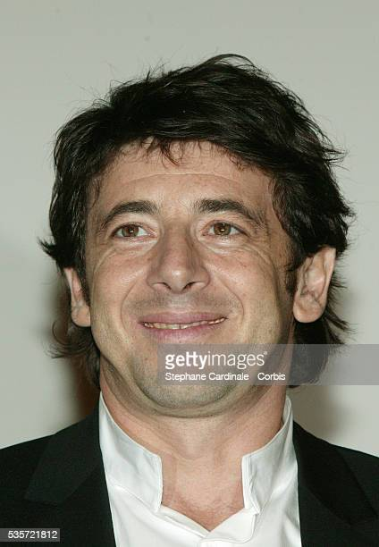 French singer and actor Patrick Bruel attends the premiere of 'Une Vie à T'Attendre'