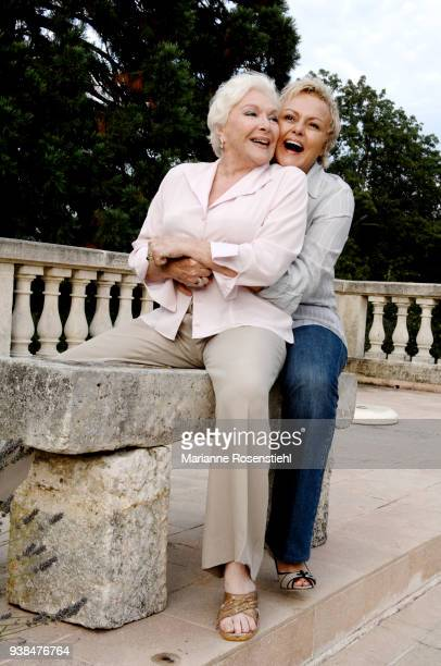 French singer and actress Line Renaud at home with Muriel Robin in La Jonchère at RueilMalmaison France 26th August 2017