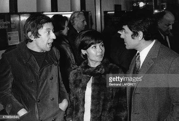 French singer and composer Serge Gainsbourg French actress Dany Carrel and French film director Georges Lautner at the preview of the film Le Pacha...