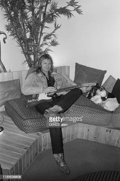 French singer and songwriter Renaud in recording studio.