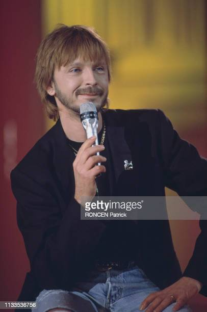 French singer and songwriter Renaud on the set of television show Stars 90
