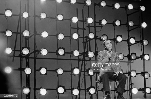 French singer Charles Aznavouron the set of the BBC show 'Time for Aznavour' Liza Minelli is the guest of honour of the show recorded in Saint James...